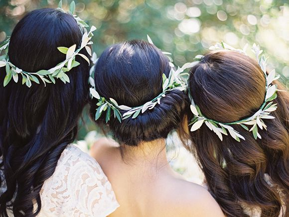 bride and bridesmaid hair leaves
